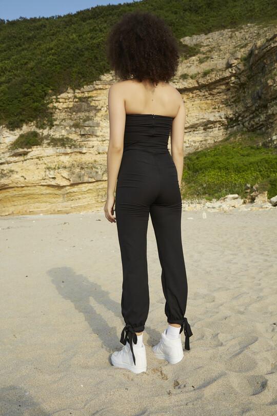 Ankle-bound waist belted jumpsuit-BLACK