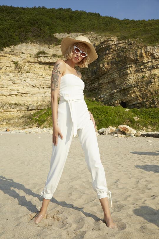 Berfuğ Kıran - Ankle-bound waist belted jumpsuit-WHITE (1)