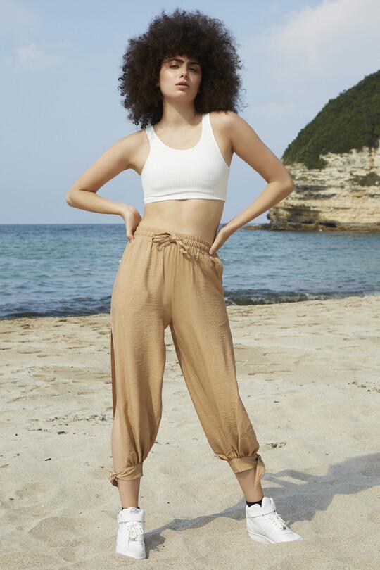 BERFUĞ KIRAN - Bilekten Bağlamalı Yırtmaçlı Pantolon-KREM