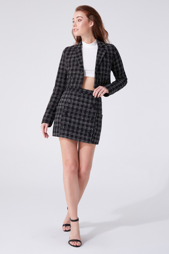 BUTTONED DETAILED MINI SKIRT WITH POCKETS