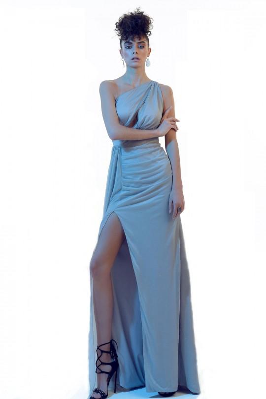 Tek Omuzlu Yırtmaçlı Üçgen Göğüs Uzun Elbise