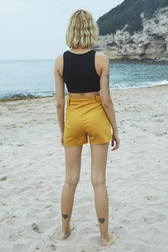 Lacing detailed Lycra denim shorts - mustard