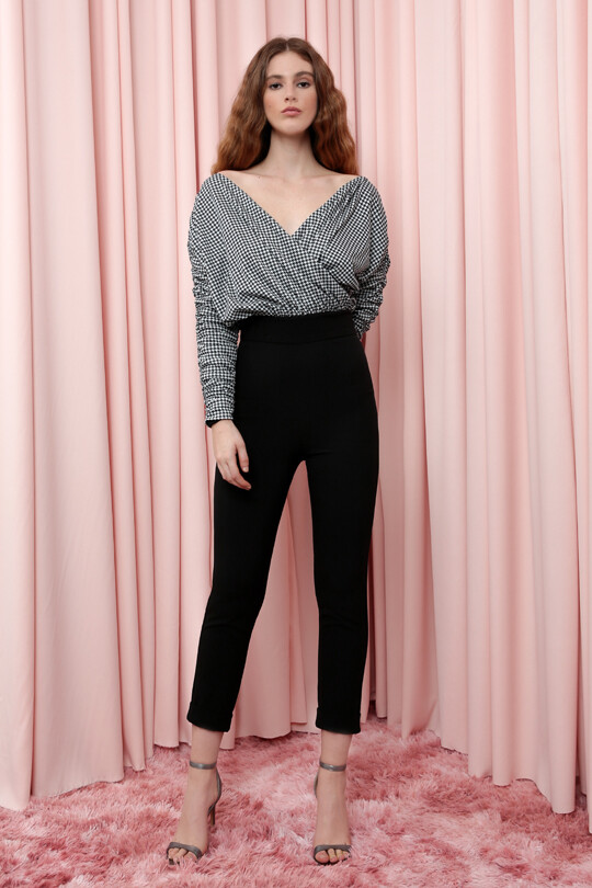 Long Sleeve Crowded Trousers