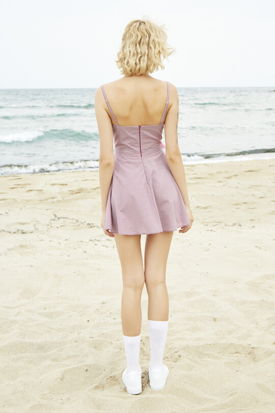 Mini dress with chest detail gingham-pink