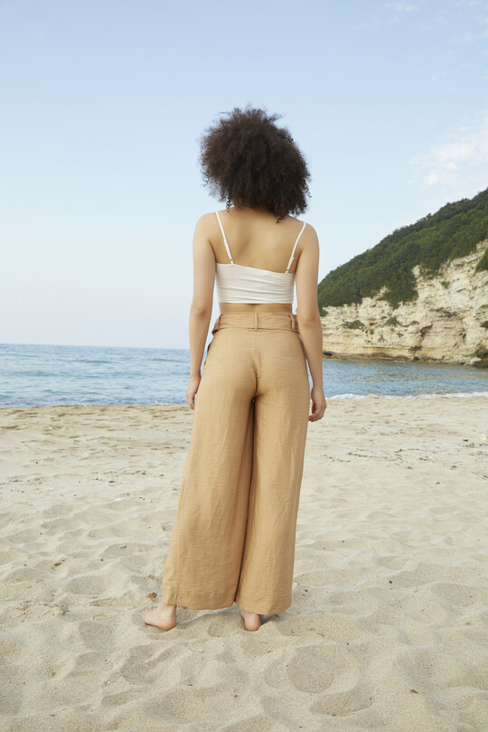 plenty fitted and belted trousers-cream