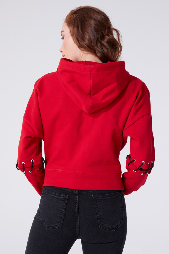 HOODED ROPE DETAILED SWEATSHIRT