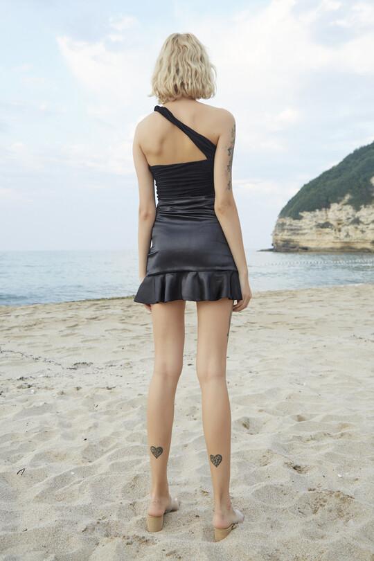 Berfuğ Kıran - Shirted satin skirt-black (1)