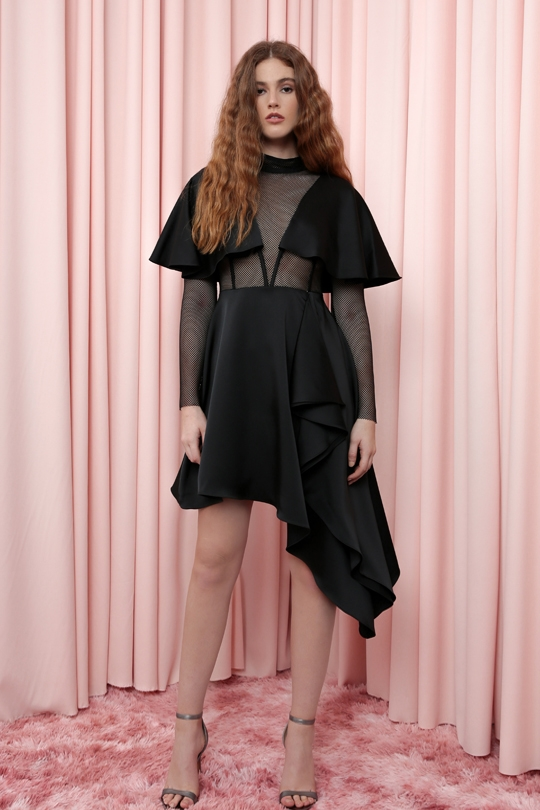 SHORT DRESS WITH ASYMMETRIC SKIRT WITH MESH SLEEVES AND WAIST