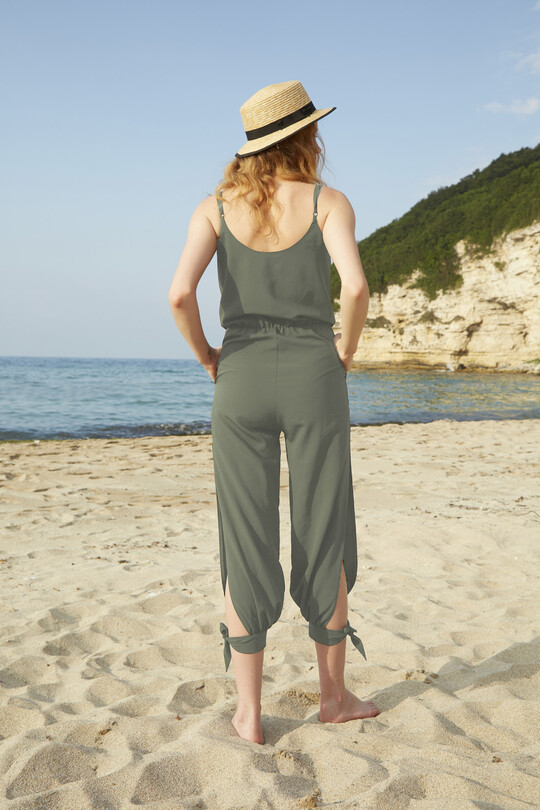 Wrist Strap Jumpsuit with double breasted collar-khaki