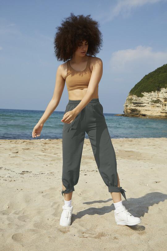 BERFUĞ KIRAN - Wrist-tied tear pants-khaki (1)
